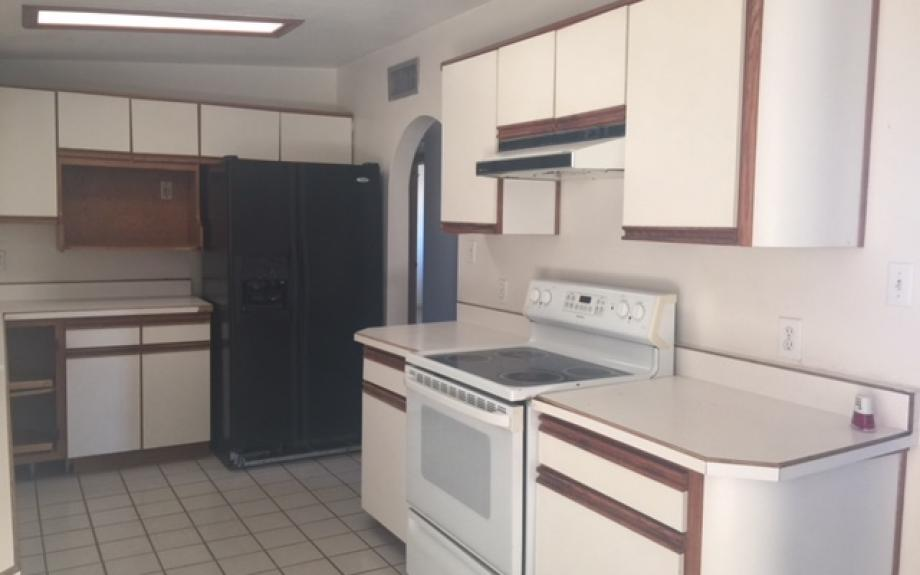 Amazing 4bed/1.5bath A/C! Minutes from DM - Tucson apartments for rent - backpage.com