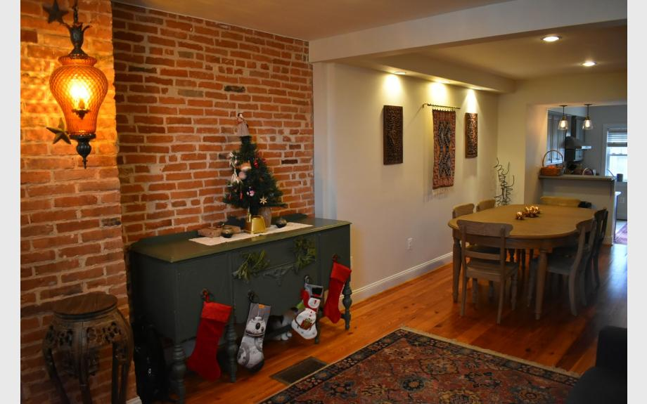 2BR 3BA in Locust Park - Maryland apartments for rent - backpage.com