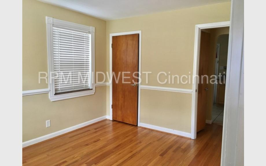 Cute Oakley 3 bedroom - Close to Everything! - Cincinnati apartments for rent - backpage.com